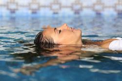 Rückenschmerzen ade – Mit der richtigen Sportart den Rücken stärken