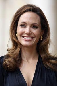 Angst vor Krebs: Angelina Jolie lässt Brüste amputieren