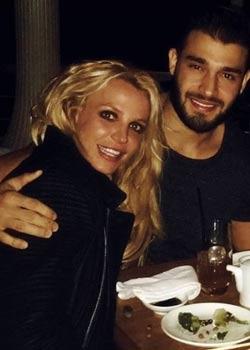 Britney Spears und Sam Asghari:Ist es nun offiziell?