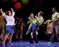 Hairspray – Riesen Haare! Riesen Musical! Riesen Spaß!