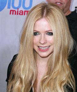 Avril Lavigne schwere Krankheit