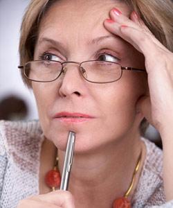 Wechseljahre: Mit einem Progesteronmangel fängt es an