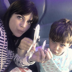 Selma Blair: Nervenzusammenbruch im Flugzeug!