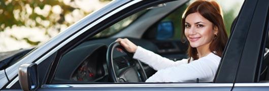 Volle Fahrt: Flirt im Auto