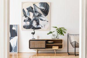 Kunst in der Wohnung richtig in Szene setzen